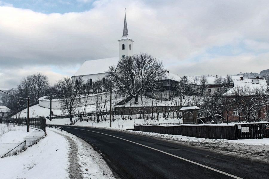 Felsősófalva központja télen