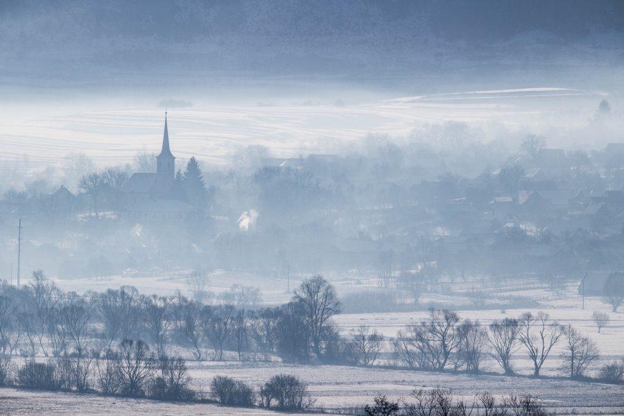 Alsósófalva látképe télen