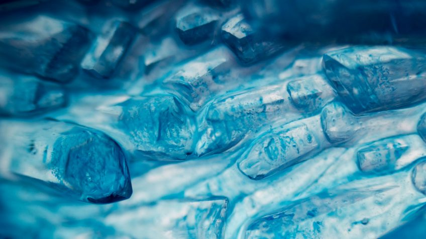 Kék kristályok a Ceresit Aero 360 készülékből