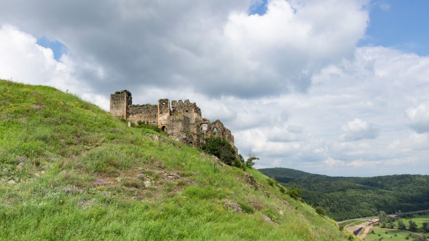 A solymosi vár