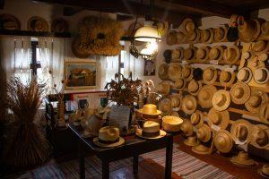 Látogatás a kőrispataki szalmakalap múzeumba