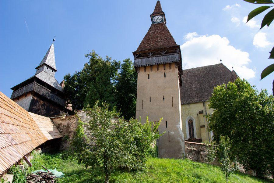 A várfalon belülről