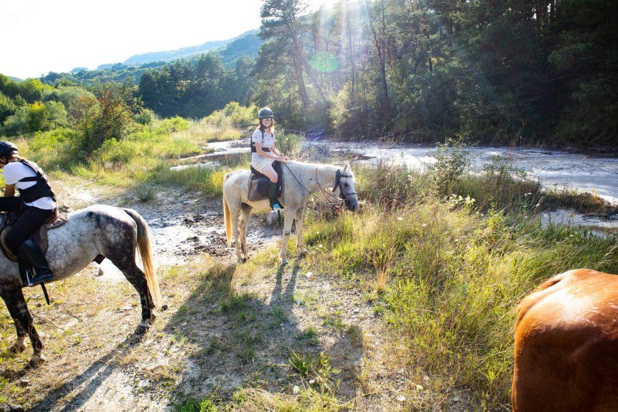 Nyári lovaglás a Parajdi Sószorosban