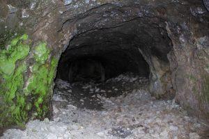 Kodáros barlangjának bejárata