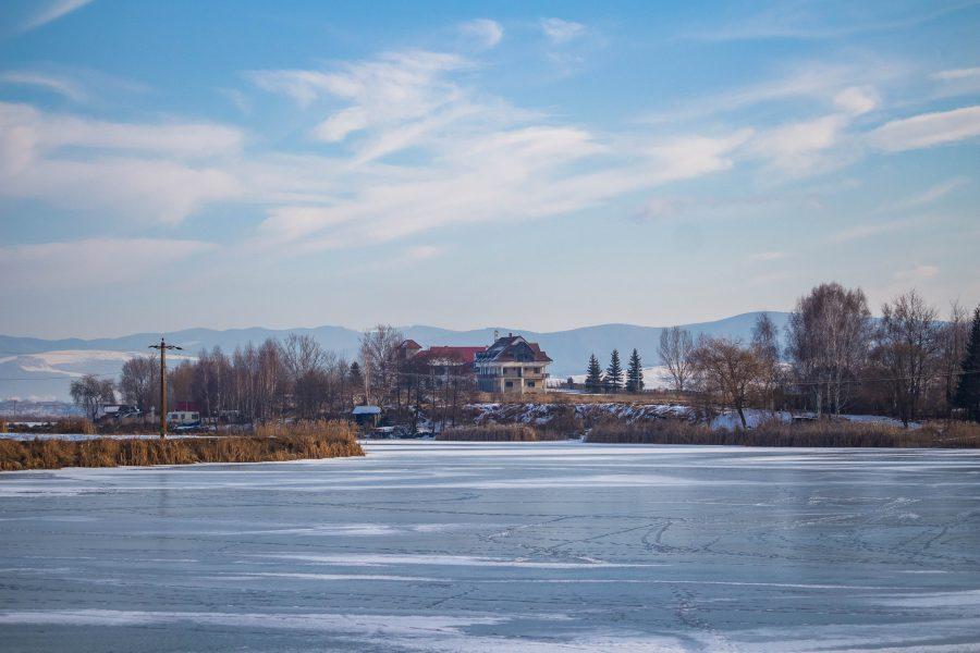 A réty-tavon befagyott a jég