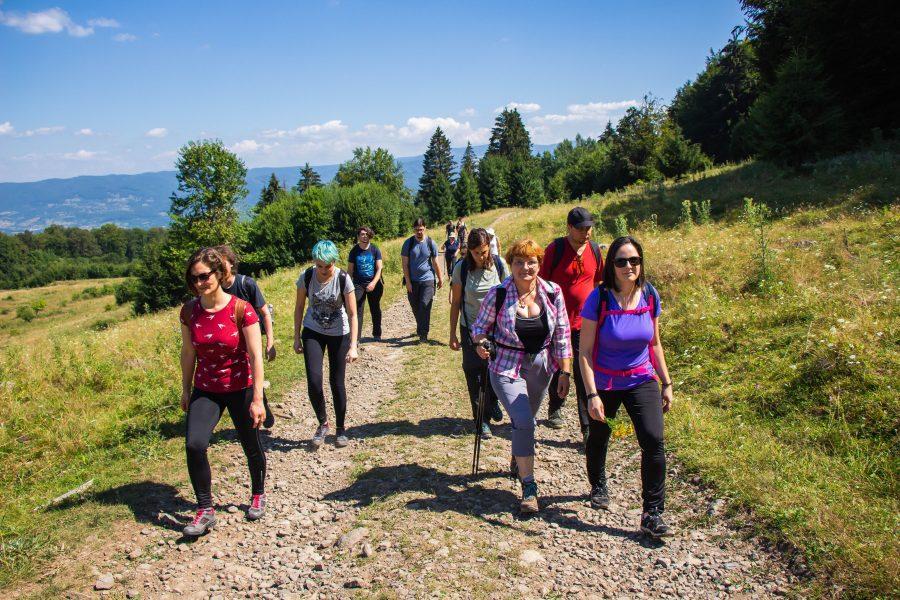 Fiatal, energikus, túrázni szerető csapat