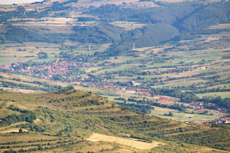 Korond látképe a Felsősófalvi kilátótól nézve