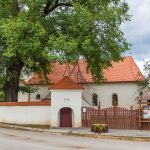 A református templom kapuja