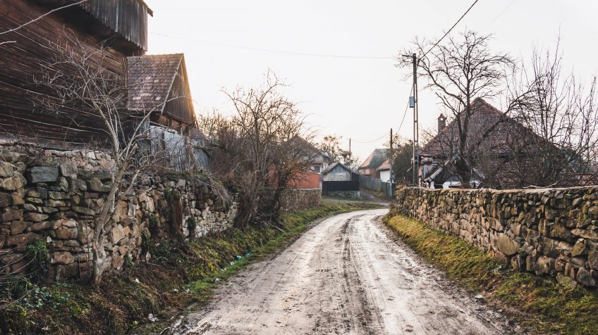 Kézdikővár jellegzetes faluképe