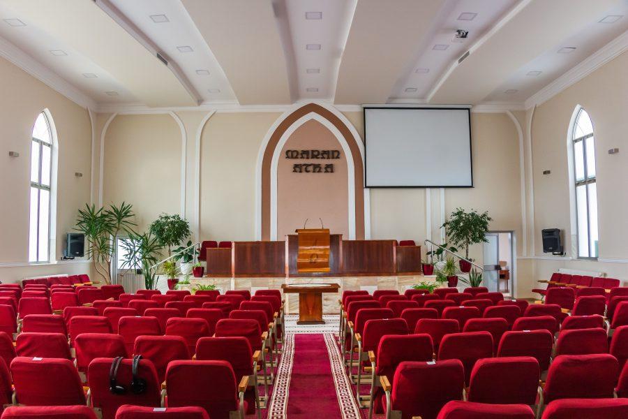 Gyönyörű az imaház belseje
