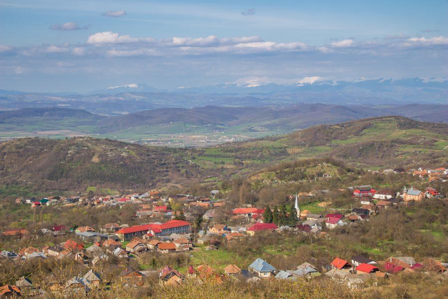 Magyardécse látképe az Erős-dombról
