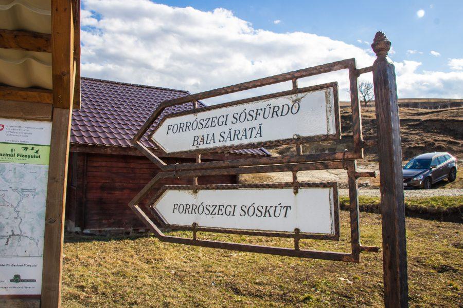 Erre vannak a Forrószegi sósfürdő és sóskút
