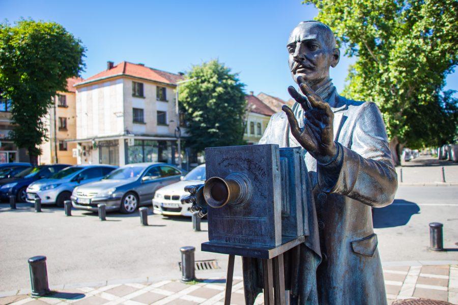 Alexandru Roșu, Beszterce első román fotósa